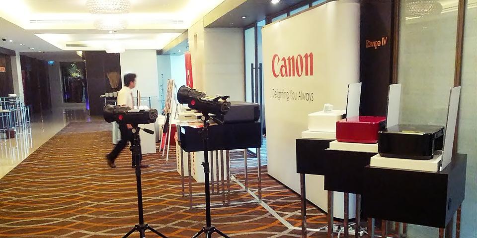 เช่าไฟสตูดิโอ ถ่ายภาพพิธีมอบประกาศนียบัตร Canon
