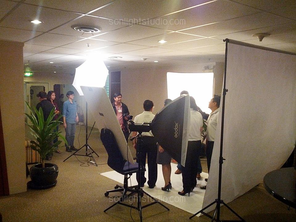 เช่าไฟสตูดิโอ ถ่ายภาพผู้บริหาร/พนักงาน การท่องเที่ยวแห่งประเทศไทย