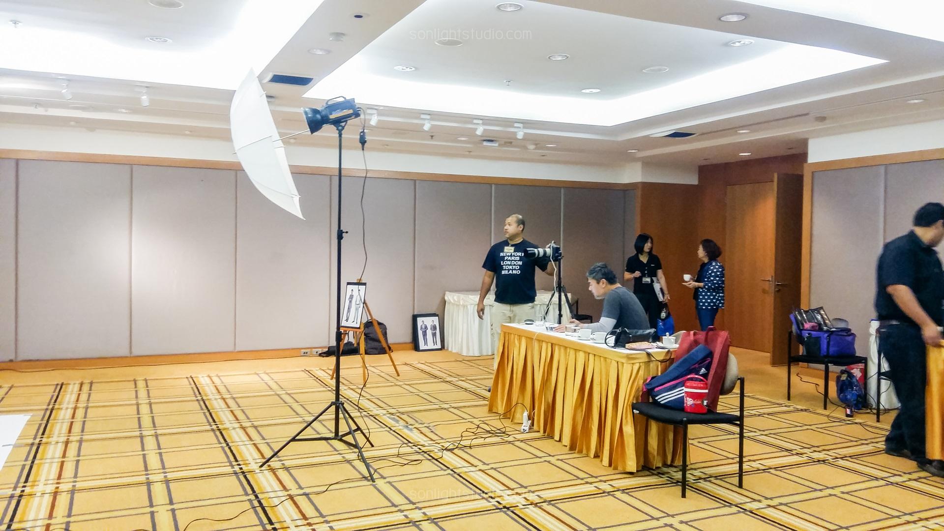 ไฟแฟลชสตูดิโอ ถ่ายภาพผู้บริหาร Eximbank