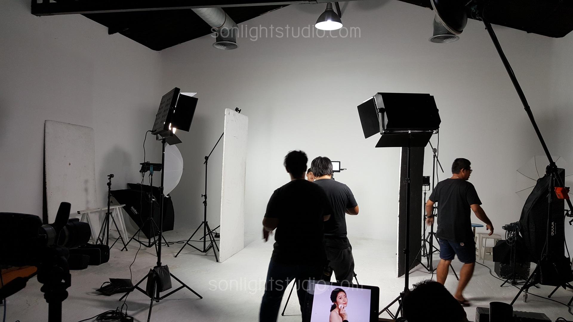 ไฟคีโน ถ่ายวิดีโอ โฆษณาเครื่องสำอางค์ Kangkaroo Studio